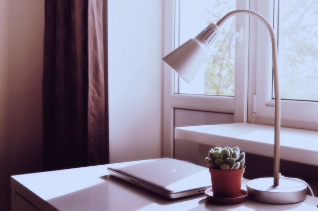 lamp - -pixabay.jpg